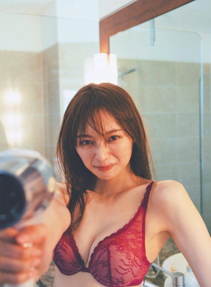 梅澤美波エロ画像130
