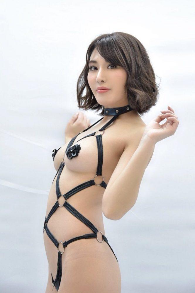 金子智美エロ画像016